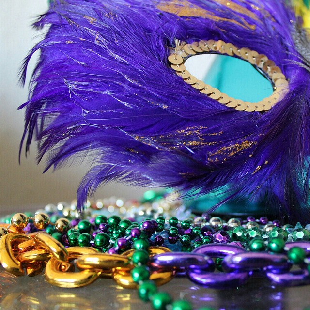 Photo of a Mardi Gras mask and beads.