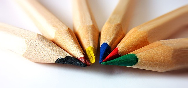 Picture of colored pencils