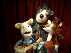 image of puppets